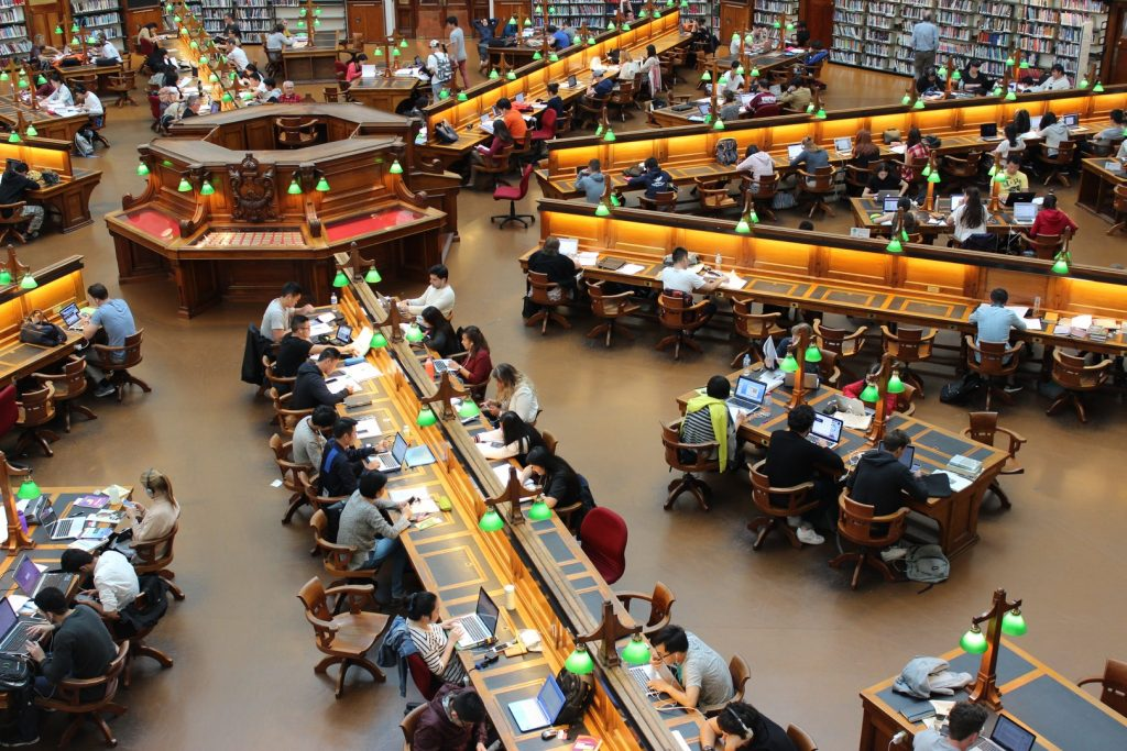 Administración bancaria universidad donde estudiar Gaia Servicios Financieros